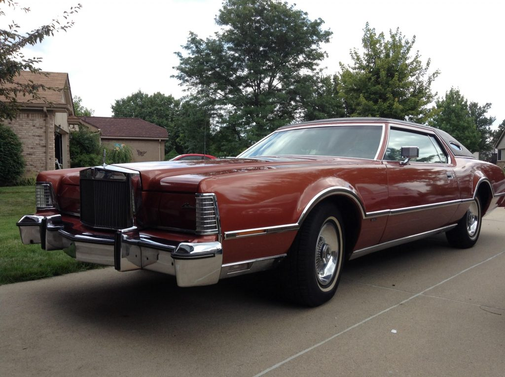 1976 Lincoln Continental Mark IV Donated to Habitat for Humanity