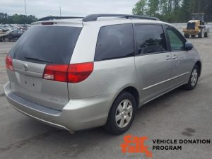 2004 Toyota Sienna donated to WUNC